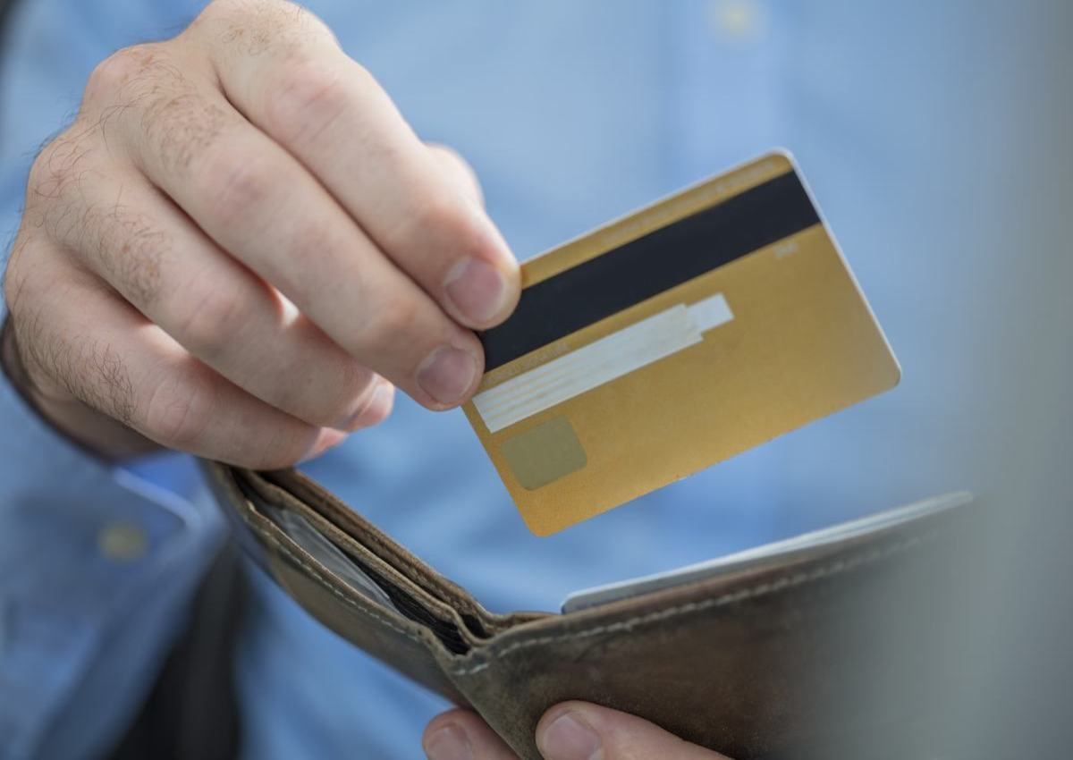 How will Credit Cards Help us to Manage Daily Expenses?
